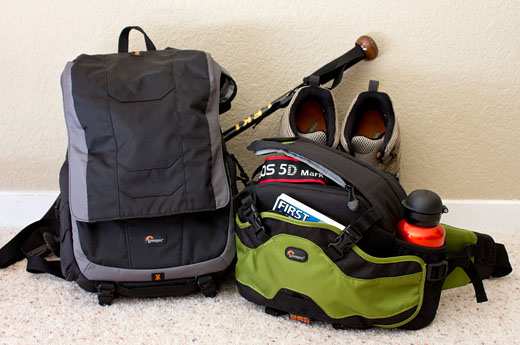 My Lowepro Dynamic Duo for day hikes: Inverse 100 AW + Versapack 200 AW.