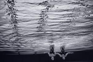 Swimmers Underwater, © Kihjiro Kinno
