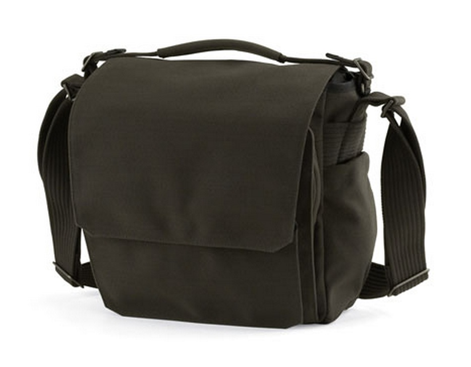 5 Cool Bags for the New Nikon D7100 DSLR