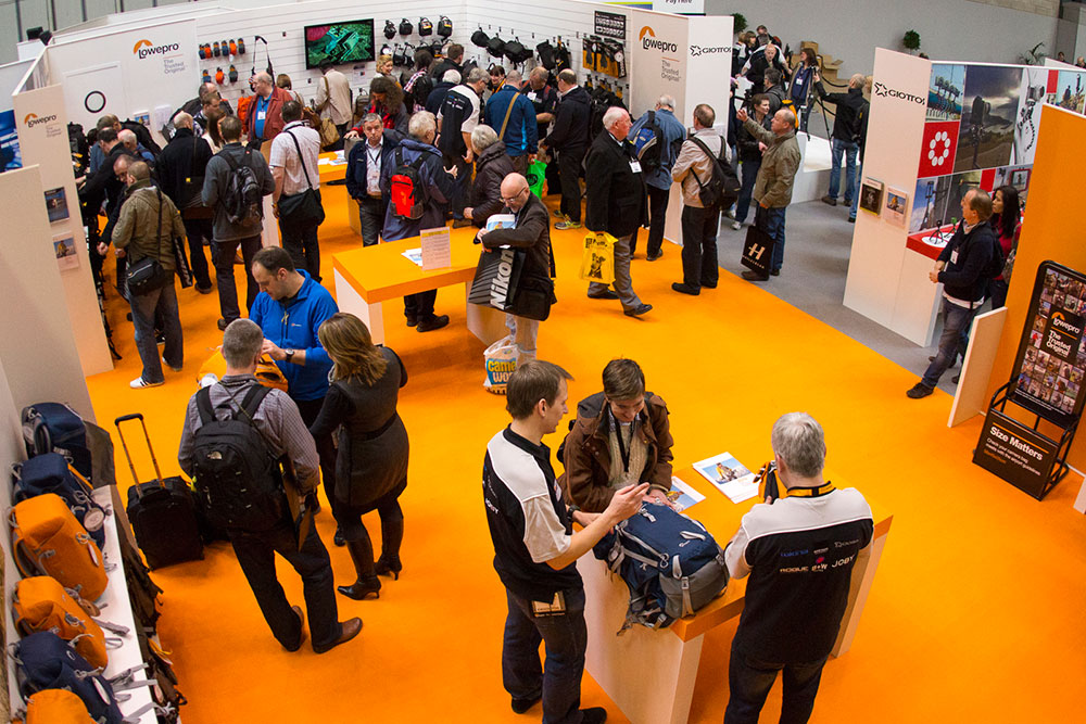 Lowepro Bags and UK Pro Photographers Wow Crowds at Focus-On-Imaging Show