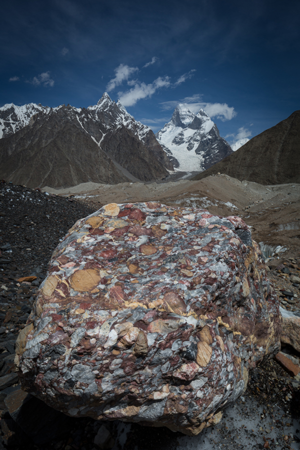 Conglomerate rock, Mustagh Tower, Karakoram Mountains, Pakistan. © Colin Prior