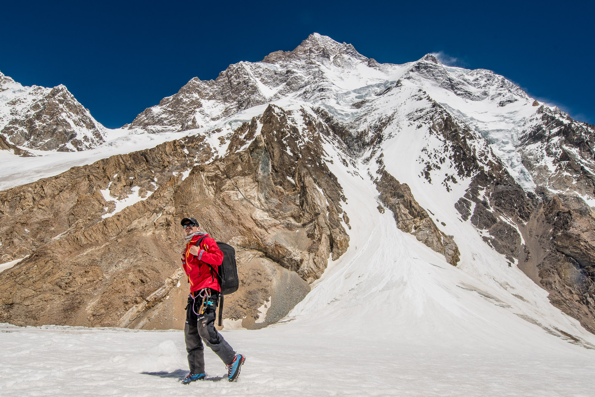 Petr proudly walking just under the second highest peak of the World, K2 (8,611 m), with his drone in the DroneGuard 450 BP AW backpack!