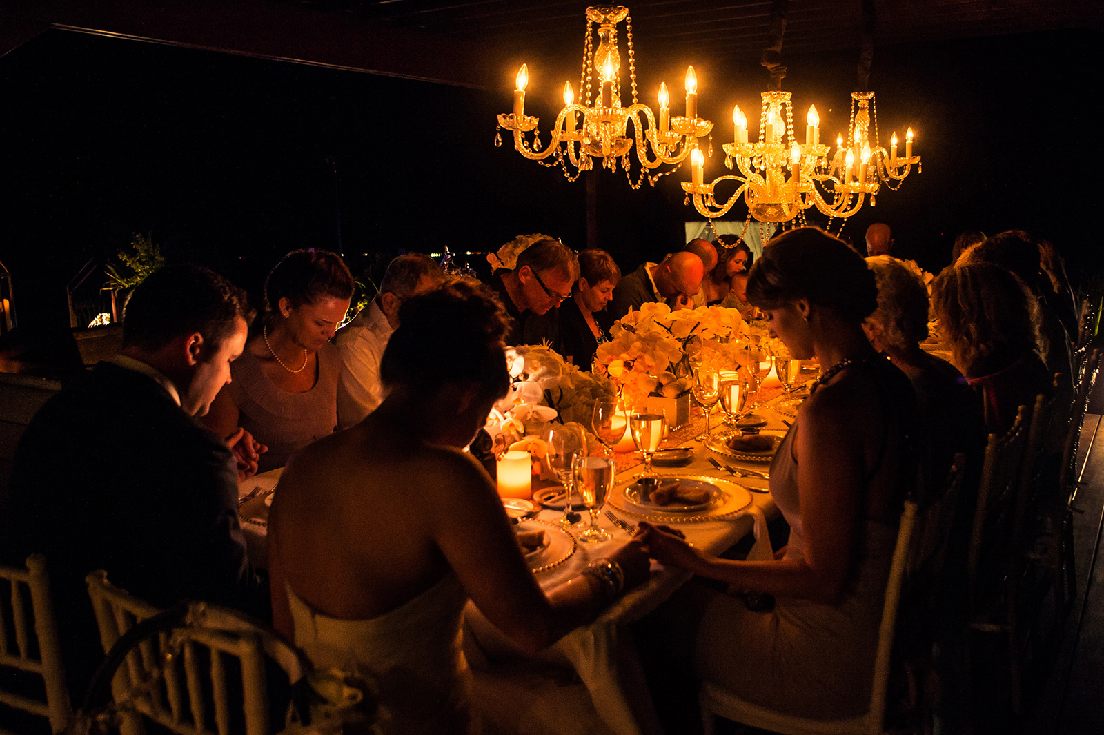 Lowepro Storyteller Mission 18: Family Dinners